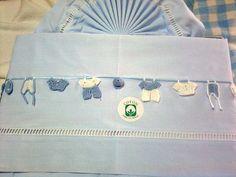 lençois cama de grades com miniaturas de crochet feitas por mim ♥♥♥