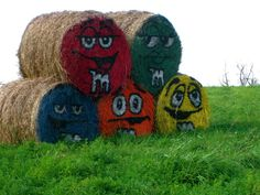 M and M Hay bales by on deviantART Halloween Projects, Halloween Art, Hay Bale Decorations, White Sulphur Springs, Pumpkin Farm, Autumn Scenes, Farm Art, Hay Bales, Happy Fall Y'all