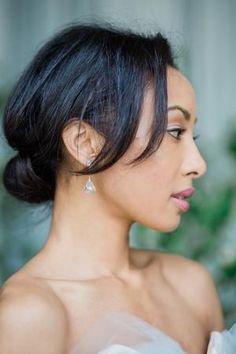 Jun 2019 - 3 Ways To Make Your Wedding Planning Process Completely Stress-Free Elegant Wedding Hair, Natural Wedding Makeup, Elegant Bride, Timeless Wedding, Wedding Film, Beautiful Bride, Natural Makeup, Bridal Beauty, Wedding Beauty