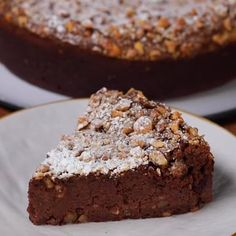 """This is """"Torta Nocciolina"""" by Al.ta Cucina on Vimeo, the home for high quality videos and the people who love them. Baking Recipes, Cake Recipes, Dessert Recipes, Delicious Desserts, Yummy Food, Strawberry Desserts, Holiday Cakes, Sweet Cakes, Chocolate Desserts"""
