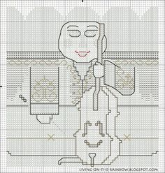 Christmas Ornament 'Cellist' Free Pattern 2/3