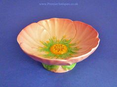 Carlton Ware Pink 'Buttercup' Footed Dish c1936