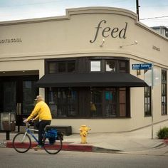 feed body and soul Abbot Kinney Blvd, Los Angeles Restaurants, Body And Soul, Venice Beach, Make It Simple, The Neighbourhood, Street View, Lobster Rolls, La La Land