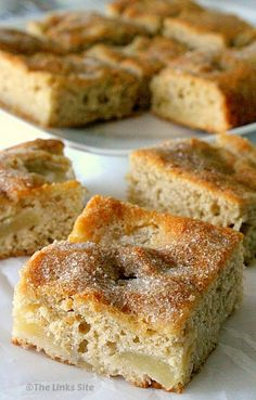 Use fresh or tinned apples to make this delicious cake that is great as a snack cake or as a dessert! thelinkssite.com #apple #applecake #cake #desserts #recipeoftheday #easyrecipe