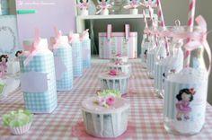 Vintage Kitchen Party {Ideas, Supplies, Decor}