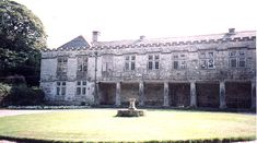 Houses from Poldark Godolphin Hall Robin Ellis, Places In Cornwall, Ross And Demelza, Masterpiece Theater, Watch The Originals, Cornwall England, Aidan Turner, Poldark, Filming Locations