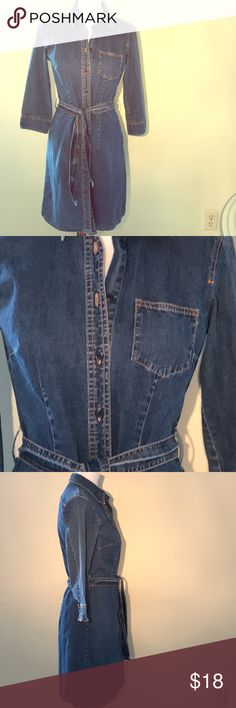 2ea918877b2 🌿GAP Stretch Denim Fitted Dress Good previously loved condition. This is a  lightweight denim