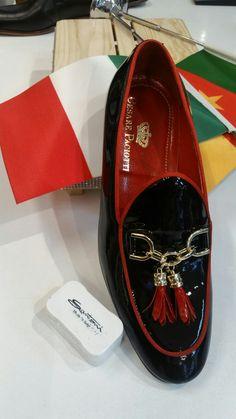 Loafer Shoes, Men's Shoes, Shoe Boots, Dress Shoes, Loafers, Louis Vuitton Mens Wallet, Classic Men, Driving Moccasins, Man Up