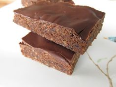 "Homemade Chocolate Banana Power Bars - Whole Food Healthy - I'm going to call these ""brownies"" when I make them for my kids ;-)"