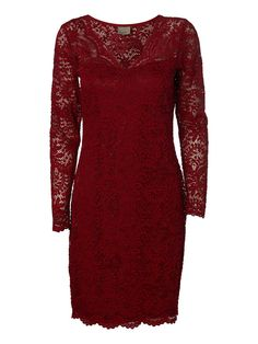 Red lace dress from VERO MODA. The perfect party dress!