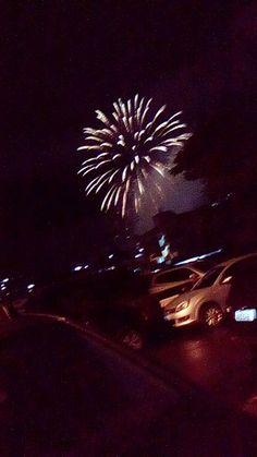 #Céu #Fogos #Artifício #Rozão #Dourado #Gold #AnoNovo #NewYear