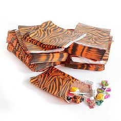 "50x Tiger Animal Print Design Paper Gift Party Wedding Bags - 5"" x 7"" in Home, Furniture & DIY, Celebrations & Occasions, Party Supplies 