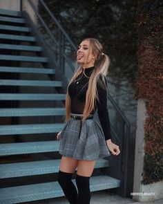 Outfit Trends - Plaid skirt outfits ideas what to wear plaid skirts Mode Outfits, Girly Outfits, Night Outfits, Sexy Outfits, School Skirt Outfits, Cute Outfits With Skirts, Fall Skirt Outfits, Spring Outfits, Fashionable Outfits
