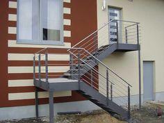 http://www.ideen-aus-stahl.com/images/treppen/Treppe%20gewendelt%20aussen%20gross.jpg