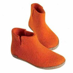 Glerups Modell G Filzstiefel orange - 37 Quirky Shoes, Felt Boots, Ladies Gents, Low Boots, Slipper Boots, Mens Slippers, Unisex, Chelsea Boots, Footwear