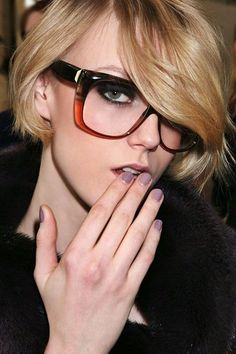 The Latest Hair, Makeup, And Beauty Trends Summer Haircuts, Short Bob Haircuts, Short Hair Cuts, Short Hair Styles, Makeup Tips, Hair Makeup, Makeup Ideas, Eye Makeup, My Hairstyle