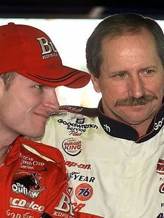 tells story about clashing with dad on track — USA TODAY Dale Earnhardt Crash, Dale Earnhardt Chevrolet, Earnhardt Jr, Racing News, Nascar Racing, Auto Racing, Dale Earnhart Jr, The Intimidator, Nascar News