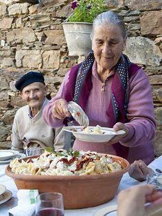 La pasta della mamma ! (Notice the Love in His Eyes for Her)