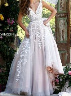 Sherri Hill 11335 Sherri Hill dresses are the most gorgeous dresses that every girl wants to wear to Prom or Homecoming. Pure Couture Prom is one of the top S Dream Wedding Dresses, Wedding Dress Styles, Wedding Gowns, Formal Wedding, Wedding Reception, Wedding Fayre, V Neck Wedding Dress, 2017 Wedding, Affordable Wedding Dresses