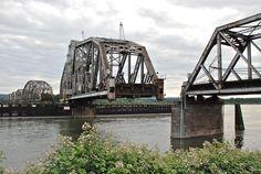 From Wikiwand: Swing bridge