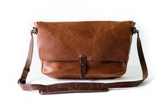 Vintage Messenger Bag. http://www.whippingpost.com/collections/bags/products/the-vintage-messenger