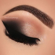 ABC Make Up Foundation Eyebrow Eyeliner Blush Cosmetic Concealer Brushes (Rose Gold) - Cute Makeup Guide Makeup Eye Looks, Cute Makeup, Glam Makeup, Gorgeous Makeup, Makeup Inspo, Beauty Makeup, Makeup Ideas, Grunge Makeup, Smokey Eyeshadow