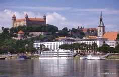 Visit Bratislava with us – it's only 30 miles km) away from Vienna! See the main sights and learn about Slovakia's communist past!Bratislava and Vienna are called the twin-cities because they are so close to each other. Oh The Places You'll Go, Places To Visit, Schengen Area, Vienna Hotel, Bratislava Slovakia, Germany And Italy, Danube River, Rest Of The World, Eastern Europe