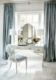 dressing table | photo erica george dines