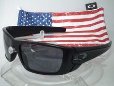 OAKLEY SI FUEL CELL SUNGLASSES OO9096-29 MATTE BLACK / GREY TONAL USA FLAG ICONS