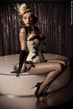 #pinup #tattoos hilarycsmith    i have a gift for you =>http://bit.ly/HQUYLs