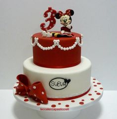 Red Minnie mouse - Cake by leccalecca