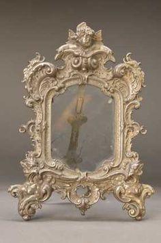 historism-picture frame