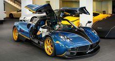 One-Off Pagani Huayra For Sale In Beverly Hills - Autos und Motorräder Lamborghini Veneno, Ferrari F40, Maserati, My Dream Car, Dream Cars, Pagani Huayra Bc, Aston Martin Vanquish, Mclaren P1, Car In The World