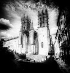 Cathedrale Saint-Pierre De Montpellier (by Stuck In Customs)