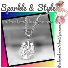 🍀Lucky horseshoe necklace 🍀🌟NEW LISTING 🌟 Silver tone zinc alloy, lucky 4 leaf clover/horseshoe pendant necklace. 🌟NEW🌟2 available 🌟 Jewelry Necklaces