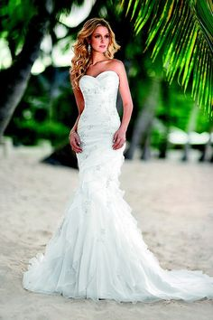 Pin by Vanda Desiree on ♥Wedding dresses♥ | Pinterest | Ariel ...