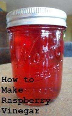 Easy recipe for raspberry vinegar and raspberry vinaigrette. A great holiday gift idea! # Easy Recipes salad How to Make Raspberry Vinegar and Vinaigrette Homemade Butter, Homemade Sauce, Olives, Sauces, Best Pickles, Do It Yourself Food, Homemade Pickles, Pasta, Dressing Recipe
