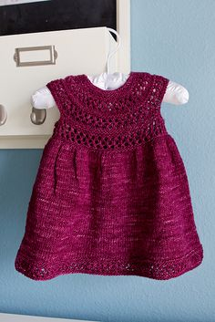 Baby Knitting Patterns Ravelry: Mischa Baby Dress pattern by Taiga Hilliard Designs Knit Baby Dress, Knitted Baby Clothes, Knitted Bags, Baby Dress Patterns, Baby Knitting Patterns, Costume Patterns, Little Dresses, Girls Dresses, Baby Dresses