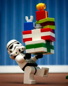 Walmart, LEGO, Dollar General and Big Lots 2015 Holiday Books are Posted! Lego Star Wars Games, Star Wars Video Games, Legos, Gif Mignon, Lego Wallpaper, Lego Stormtrooper, Lego Pictures, Lego Pics, Lego War