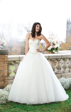 White and Gold Wedding. Sweetheart Corset Ballgown Dress. Wedding Dresses by Sincerity Bridal