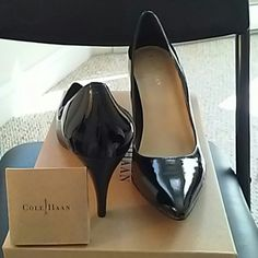 NEW Cole Haan Air Juliana pump size 6B black Gorgeous black patent leather high heel pump. New in Box. Shoes in perfect condition despite lighting.**Also, includes extra taps!!(see small box in first photo). PRICE FIRM. Cole Haan Shoes Heels