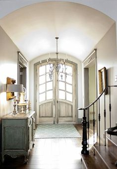 love the style and color of doors,also like the cabinet color and ceiling