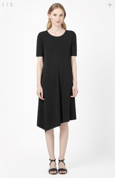 Fluid Jersey Dress from COS. Perfect together with a high waist Belt.
