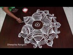 very easy dots kolam with dots 7 * 4 simple rangoli with dots easy rangoli design simple kolams Simple Rangoli With Dots, Rangoli Simple, Rangoli Kolam Designs, Flower Rangoli, Beautiful Rangoli Designs, Zentangles, Simple Designs, Nails, Rose