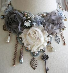 ______________________________________________________________________________    --- T h e G i l d e d D r a g o n f l y --- Unique, handmade Outfits, Outfit Ideas, Outfit Accessories, Cute Accessories