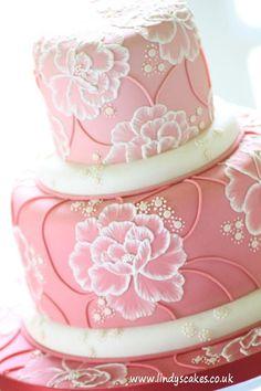Gallery of Wedding Cakes by UK leading cake designer Lindy Smith Mini Wedding Cakes, Wedding Cake Photos, Wedding Cakes With Flowers, Beautiful Wedding Cakes, Beautiful Cakes, Cake Icing Tips, Buttercream Cake, Brush Embroidery Cake, Tire Cake