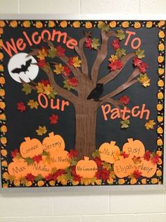 Halloween is coming. Make sure to put a scary and interesting halloween bulletin board in your home, office or classroom. Halloween bulletin board is one of the necessary decorations, it can interact well with indoor members. It can also create a hor October Bulletin Boards, Halloween Bulletin Boards, Preschool Bulletin Boards, Classroom Bulletin Boards, Fall Classroom Door, Fall Classroom Decorations, Bulletin Board Ideas For Teachers, Seasonal Bulletin Boards, Bulletin Board Tree