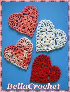 This crochet heart pattern has a very old-fashioned feel. BellaCrochet: Sweetie Hearts Applique or Ornament: A Free Crochet Pattern For You Bandeau Crochet, Bag Crochet, Thread Crochet, Crochet Gifts, Crochet Motif, Crochet Doilies, Crochet Lace, Crochet Hearts, Crochet Owls