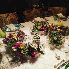 Easter table #mykindofeasterdecotable#smallflowersfromthe garden#k0#lovemygarden#easterinfamily  #laveno #lakemaggioreitaly