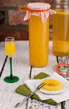 Likier ananasowy